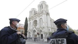 Γαλλία: Συνελήφθησαν πέντε γυναίκες για σχέδιο επίθεσης σε εκκλησίες του Μονπελιέ