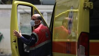 Σοβαρό τροχαίο στο Περιστέρι: ΙΧ συγκρούστηκε με λεωφορείο - Ένας τραυματίας