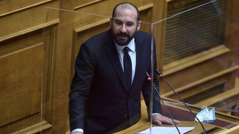 Κορωνοϊός - Τζανακόπουλος: Σε πανικό η κυβέρνηση στην αντιμετώπιση της πανδημίας