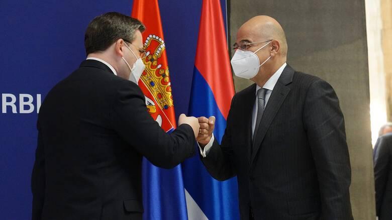Δένδιας από Σερβία: Η Τουρκία επιδιώκει επιρροή στα Βαλκάνια με οικονομία και θρησκεία