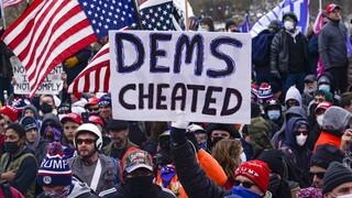 ΗΠΑ: Έξι στους 10 Ρεπουμπλικάνους πιστεύουν ότι «έκλεψαν» τη νίκη από τον Τραμπ