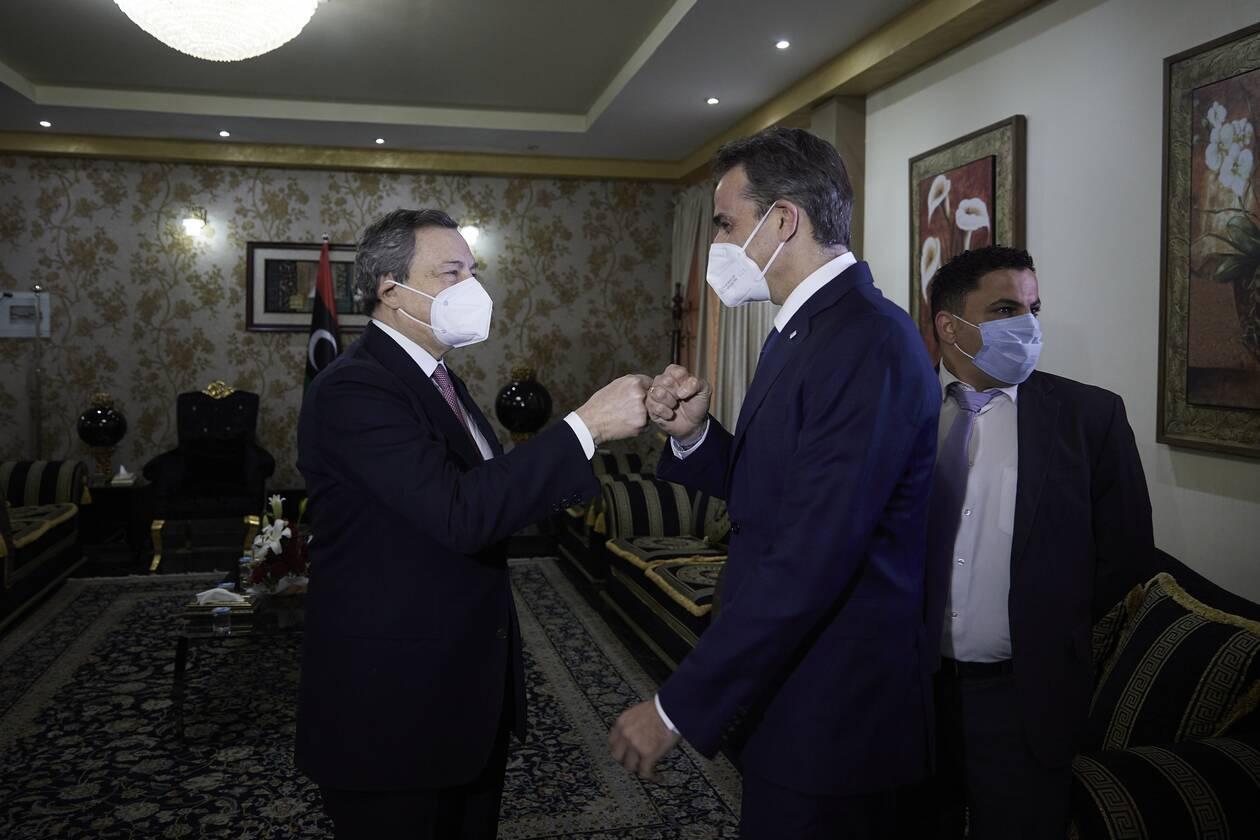 https://cdn.cnngreece.gr/media/news/2021/04/06/261093/photos/snapshot/mitsotakis-draghi-2.jpg