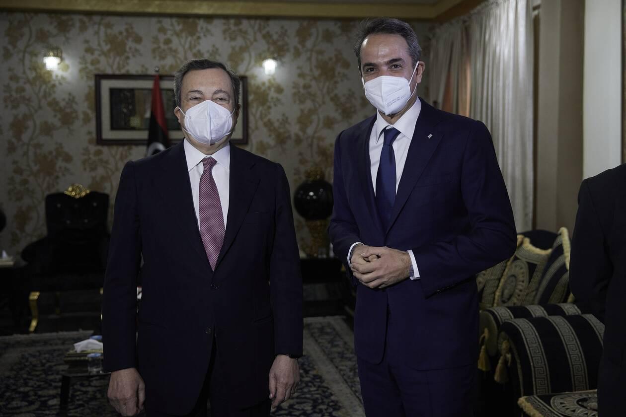 https://cdn.cnngreece.gr/media/news/2021/04/06/261093/photos/snapshot/mitsotakis-draghi-3.jpg