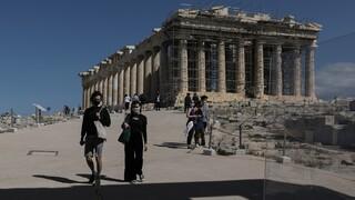 Κόντρα Μενδώνη - ΣΥΡΙΖΑ για τις επιγραφές στην Ακρόπολη