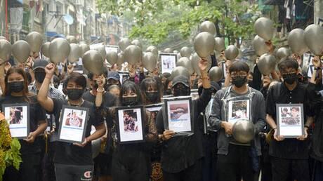 Μιανμάρ: Ο στρατός διέλυσε τις σκηνές που είχαν στήσει διαδηλωτές κατά του πραξικοπήματος