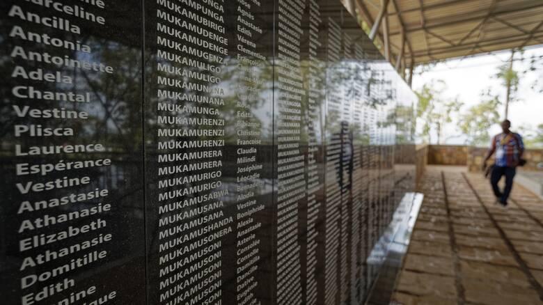 Γενοκτονία στην Ρουάντα: Η Γαλλία ανοίγει τα αρχεία του Μιτέραν για τη σφαγή των Τούτσι