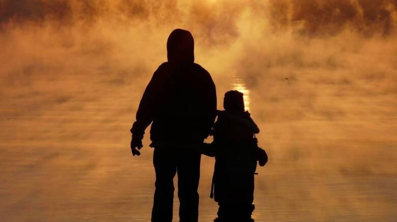 Μονογονεϊκές οικογένειες: Αδυναμία να καλύψουν βασικές ανάγκες και δυσκολία να εργαστούν