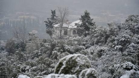 Χιόνισε στην «καρδιά» της άνοιξης στη Δυτική Μακεδονία - Νιφάδες και στη Θεσσαλονίκη