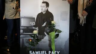 Γαλλία: Βρέθηκε φωτογραφία του δολοφονηθέντος καθηγητή Σαμουέλ Πατί σε διαμέρισμα 18χρονης