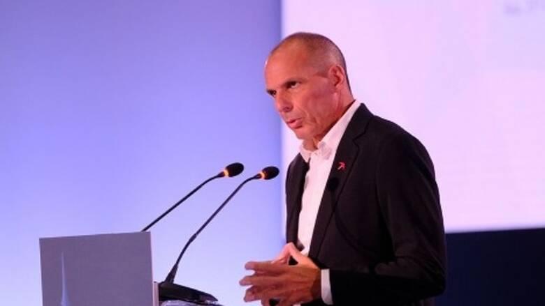 ΜέΡΑ 25: Ο Βαρουφάκης σε συζήτηση «πρόσωπο με πρόσωπο» με πολίτες