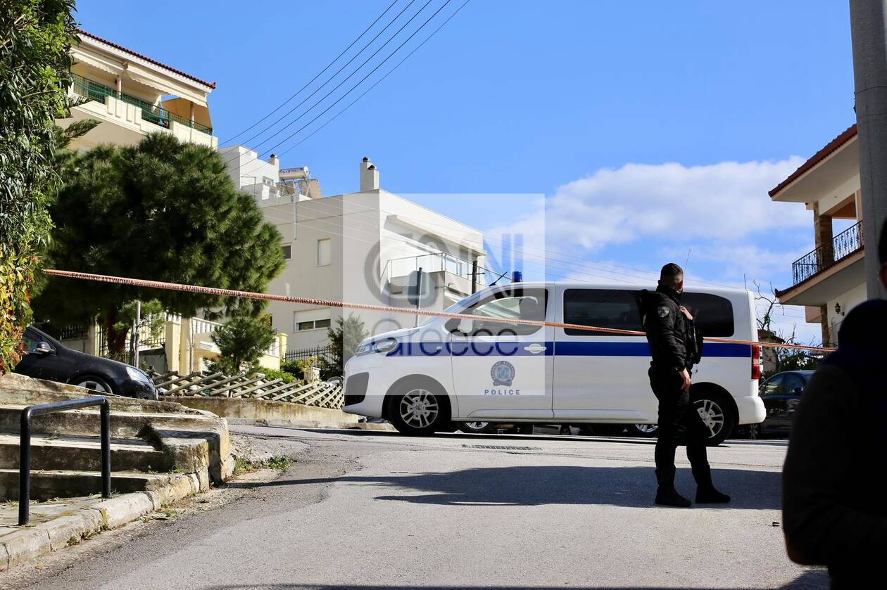 https://cdn.cnngreece.gr/media/news/2021/04/12/261751/photos/snapshot/dolofonia-karaivaz-1.jpg