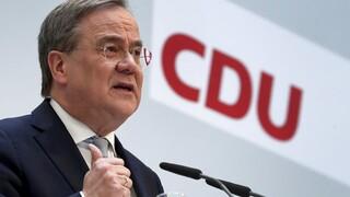 Γερμανία: Το Προεδρείο του CDU στηρίζει τον Άρμιν Λάσετ στη «μάχη» για το χρίσμα