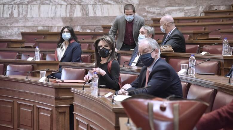 Βουλή: Αγγελοπούλου και Τασούλας για την επετειακή έκθεση των 200 ετών από την Επανάσταση