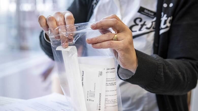 Κορωνοϊός - Βασιλακόπουλος: 40% - 50% πιθανότητα το self test να είναι ψευδώς αρνητικό