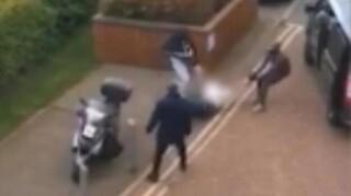 Βίντεο - σοκ από τη στιγμή της απαγωγής άνδρα στο Λονδίνο