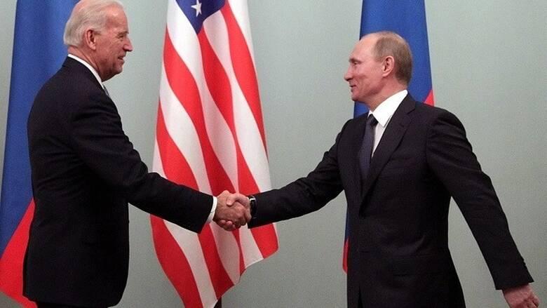 Ουκρανική κρίση: Τηλεφωνική επικοινωνία Μπάιντεν-Πούτιν και έκτακτη σύσκεψη ΥΠΕΞ του ΝΑΤΟ