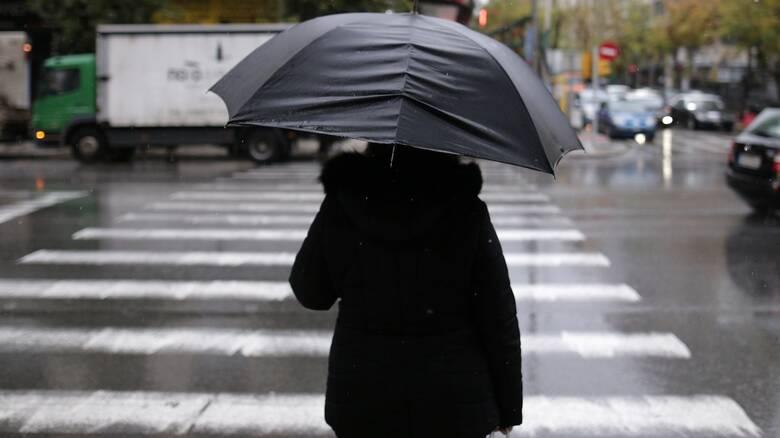 Καιρός: Βροχές και πτώση της θερμοκρασίας προβλέπεται για σήμερα