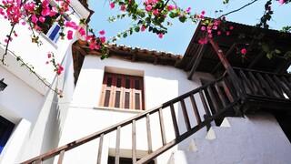 Family Traveller: Δέκα ελληνικά νησιά στο top 10 των οικογενειακών διακοπών
