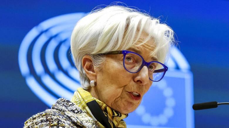 Κριστίν Λαγκάρντ: «Εύθραστη» η ευρωπαϊκή οικονομία - Στηρίζεται σε δύο πατερίτσες
