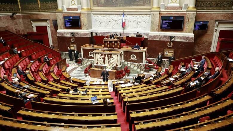 Γαλλία: Το Κοινοβούλιο αναμένεται να εγκρίνει τον αμφιλεγόμενο νόμο για την καθολική ασφάλεια