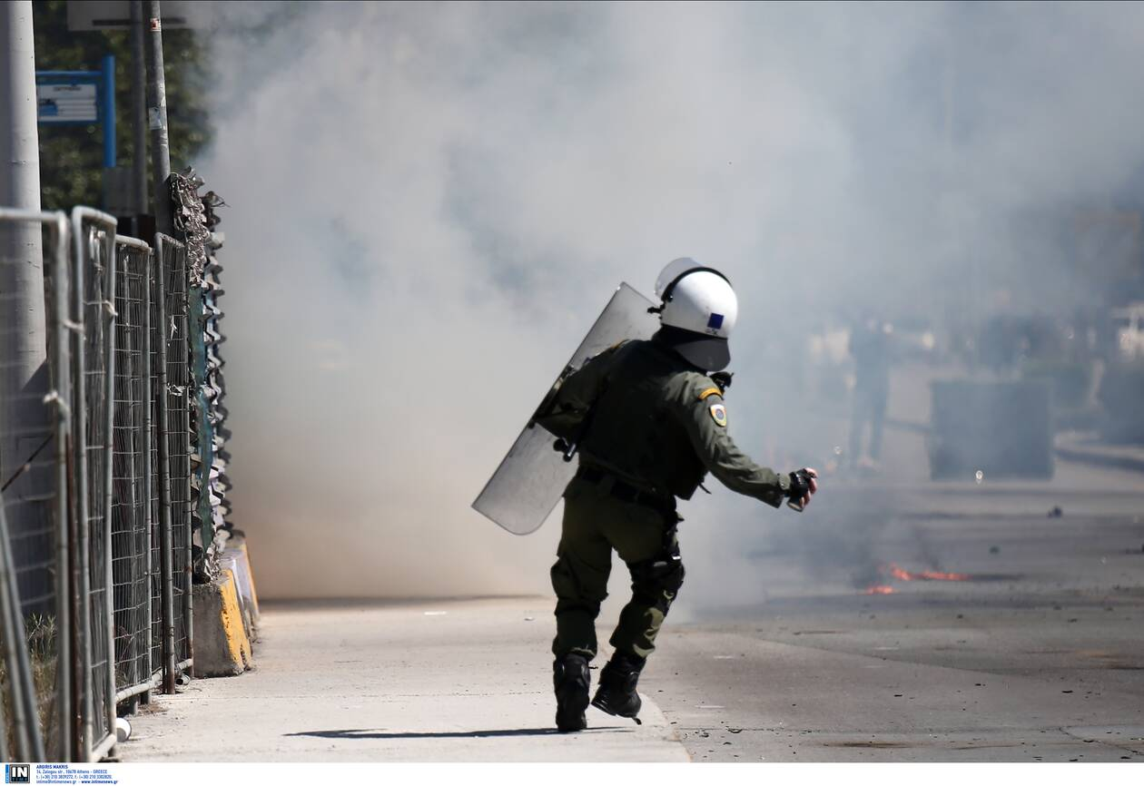 https://cdn.cnngreece.gr/media/news/2021/04/15/262236/photos/snapshot/3146248.jpg