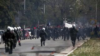 Θεσσαλονίκη: Επεισόδια στο πανεκπαιδευτικό συλλαλητήριο - Αναφορές για τραυματία (Pics&Vid)