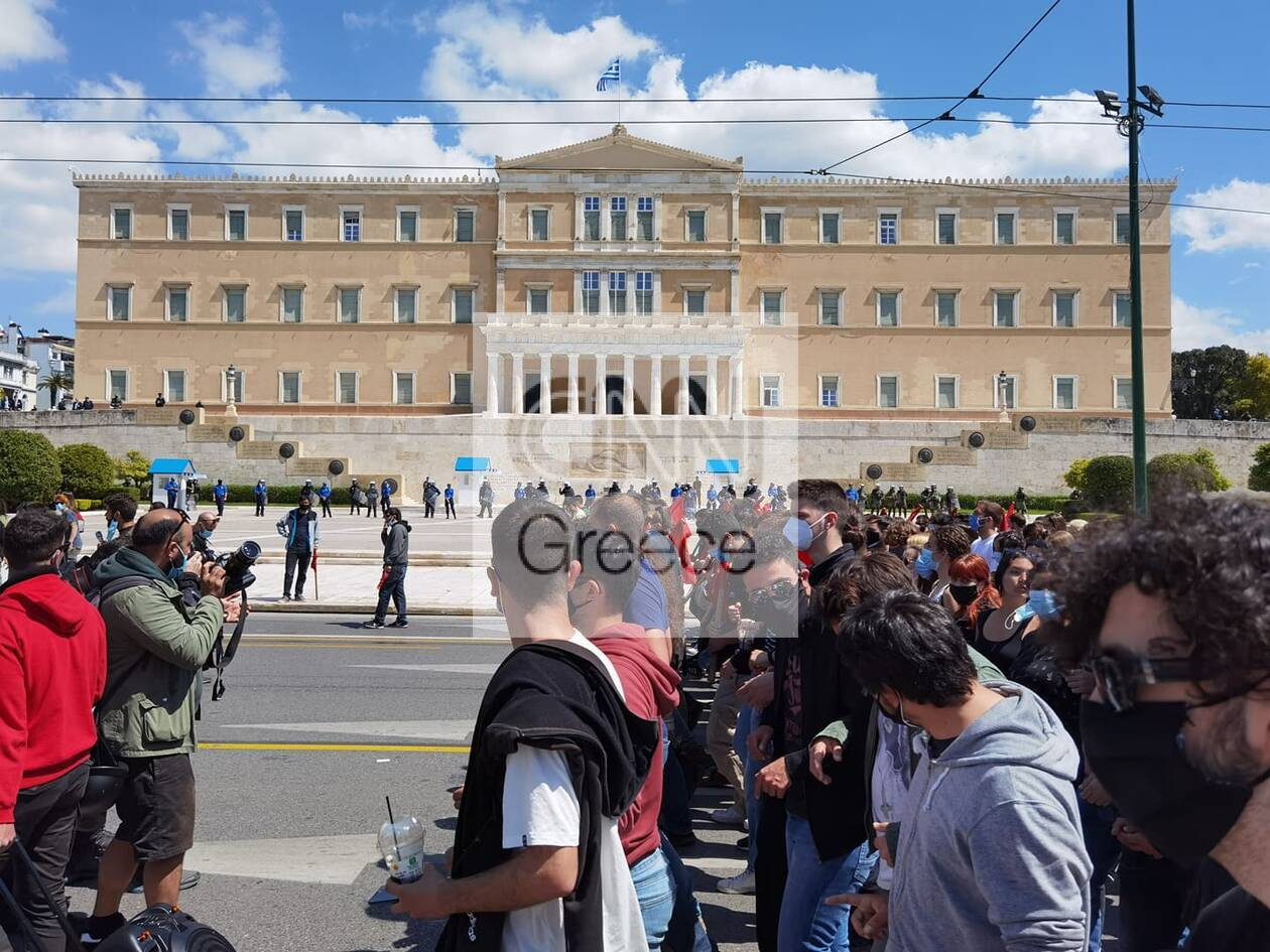 https://cdn.cnngreece.gr/media/news/2021/04/15/262244/photos/snapshot/60782f0e86ef7.jpg