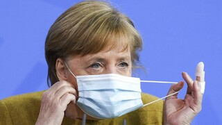 Γερμανία - Die Welt: Η Μέρκελ εμβολιάζεται με AstraZeneca