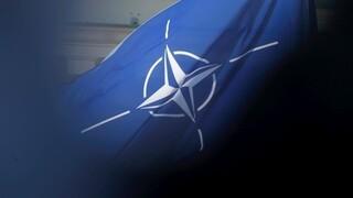 Υποστήριξη ΝΑΤΟ στις ΗΠΑ για τις κυρώσεις στη Ρωσία και τις απελάσεις Ρώσων διπλωματών