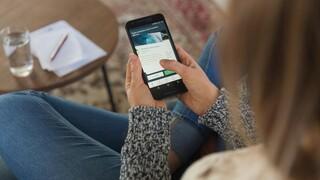 Viva Wallet: ΙΒΑΝ λογαριασμός και δωρεάν digital χρεωστικές κάρτες χωρίς έγγραφα