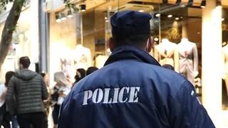 Κυψέλη: Έσπασαν αυτοκίνητα και επιτέθηκαν σε αστυνομικούς μετά το κορωνοπάρτι