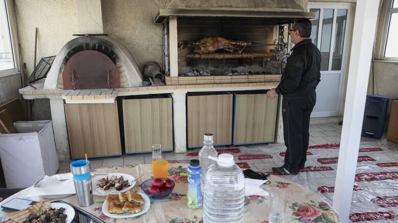 Κορωνοϊός - Βασιλακόπουλος: Αν μείνουμε το Πάσχα στην Αθήνα τα κρούσματα θα αυξηθούν