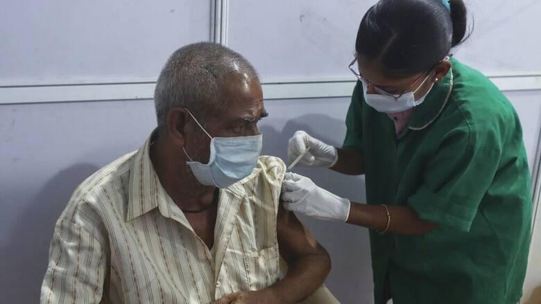 Κορωνοϊός - Ινδία: Νέο ημερήσιο ρεκόρ κρουσμάτων με 273.810 μολύνσεις