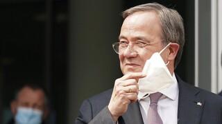 «Κοστούμι» Καγκελάριου για τον Άρμιν Λάσετ: Πήρε το χρίσμα από το CDU για διάδοχος της Μέρκελ