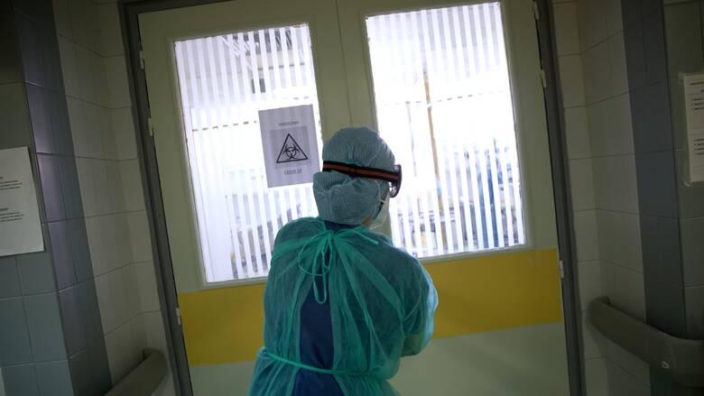 Κορωνοϊός - Παγώνη: Ένας στους δύο νοσηλευόμενους είναι νέος και δεν έχει εμβολιαστεί