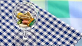 Μελέτη: Σύμμαχοι κατά της Covid-19 πολυβιταμίνες, προβιοτικά και βιταμίνη D