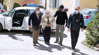Έγκλημα στο Κορωπί: Ενώπιον του εισαγγελέα ο 76χρονος παιδοκτόνος