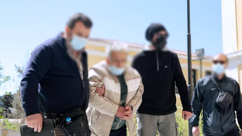 Κορωπί: Δίωξη για ανθρωποκτονία από πρόθεση κατά του 76χρονου που σκότωσε τον γιο του