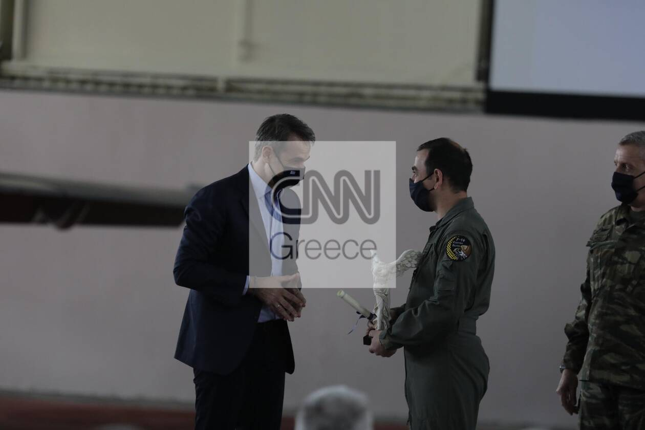 https://cdn.cnngreece.gr/media/news/2021/04/20/262860/photos/snapshot/175997347_4243894365691820_3380187782074380402_n.jpg