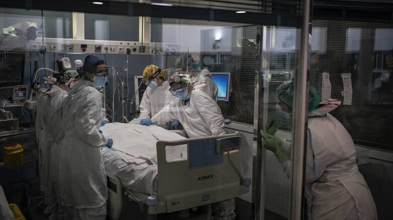 Κορωνοϊός: 3.789 νέα κρούσματα, 847 διασωληνωμένοι, 87 θάνατοι