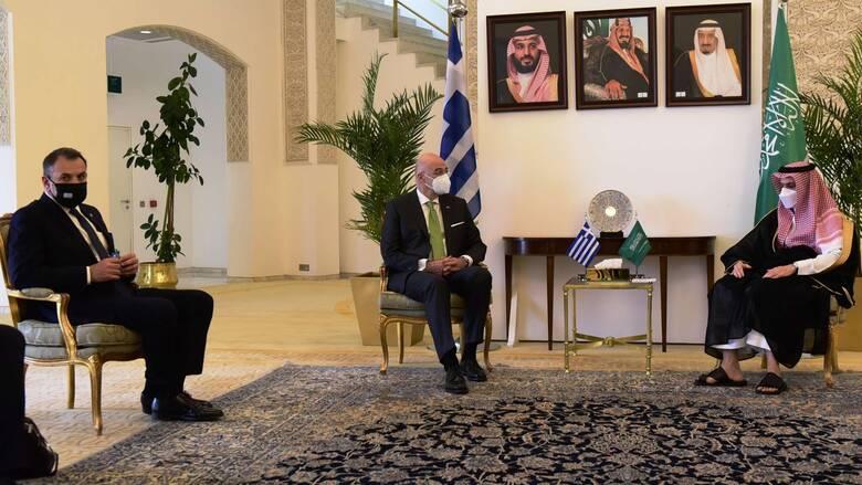 Δένδιας - Παναγιωτόπουλος στη Σ.Αραβία: «Έπεσαν» οι υπογραφές για την αποστολή των Patriot