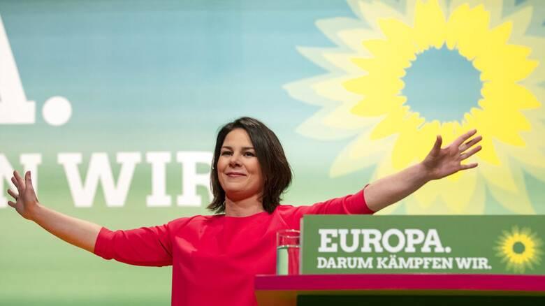 Γερμανία: Στην «κορυφή» για πρώτη φορά στις δημοσκοπήσεις οι Πράσινοι