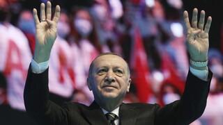 Ο Ερντογάν αντικατέστησε τον υπουργό Εμπορίου
