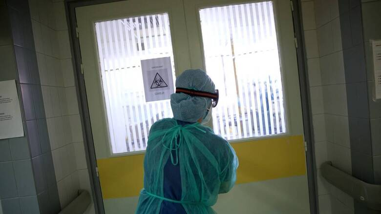 Κορωνοϊός: 831 διασωληνωμένοι, 86 θάνατοι, 3.015 νέα κρούσματα