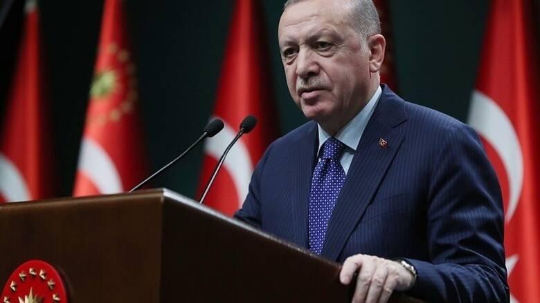 Ο Ερντογάν υπεραμύνεται της χρήσης των αποθεμάτων της κεντρικής τράπεζας