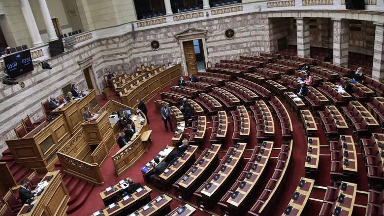 Υπόθεση Λιγνάδη: Στη Βουλή οι συμβάσεις εργασίας του αδελφού του με το Εθνικό Θέατρο