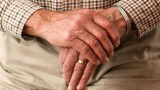 Συντάξεις: Ποιοι ασφαλισμένοι μπορούν να αποφύγουν συνταξιοδότηση στο 67ο έτος