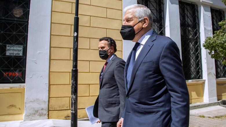 Νέα δικογραφία κατά Παπαντωνίου για τη βίλα της Σύρου - Απολογήθηκε για τις φρεγάτες
