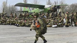 Αποχωρεί ο ρωσικός στρατός από τα σύνορα της Ουκρανίας