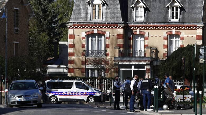 Μακρόν μετά την επίθεση-σοκ: Η Γαλλία δεν θα υποχωρήσει απέναντι στην ισλαμική τρομοκρατία